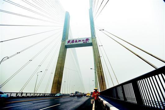 武汉长江二桥大修 交通限行百余天