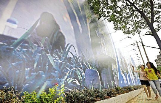 龟山电视塔等武汉标志性建筑一一上墙