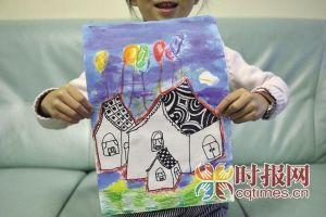 童童在父母的影响下开始喜欢上绘画和弹古筝,这是她近期的画作