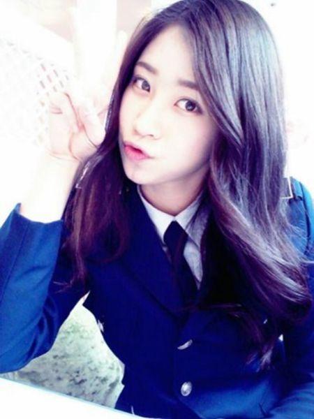 韩国军校女生甜美似女神 网友称为见她甘愿当兵