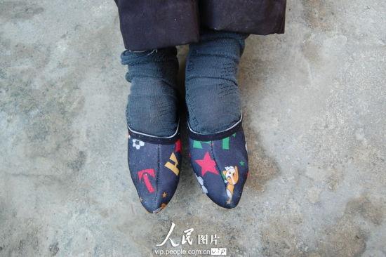 11月3日,湖北孝感,云梦县倒店乡三杨村102岁的陈秀英老人。陈保忠/人民图片