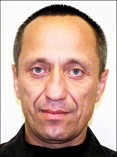 承认奸杀24名女子的前警察米哈伊尔·波普科夫