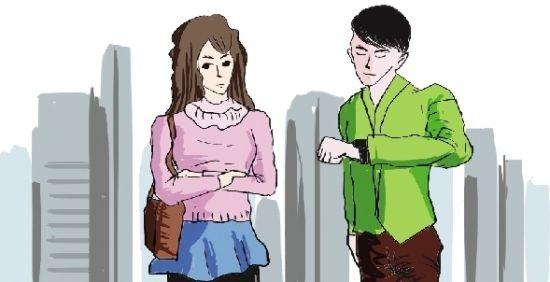 小伙约会迟到,女友大怒罚款。
