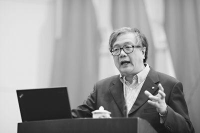 中国城市规划设计研究院院长李晓江作《武汉