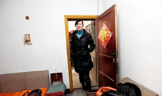 图为:身高比家里的门矮不了多少