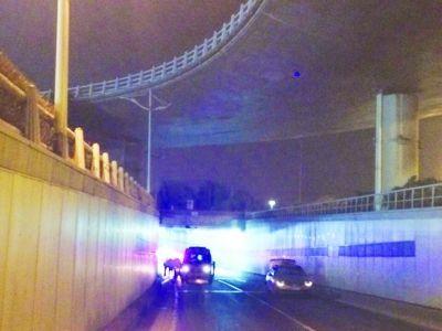 死者从高架圈中位置坠落隧道。
