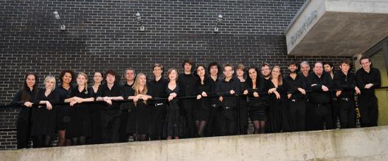演出:英国24合唱团    指挥:朱步熹    曲目:橄榄树 茉莉花 满江红