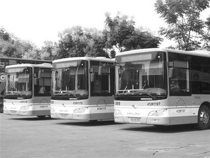 图为:武汉市的新能源公交(资料图片)