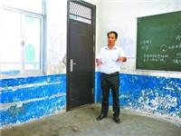 潜江3官员均要替当人质 家长:嫌犯并不想伤害学生