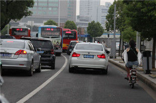5月车辆违法多发路段公布 闯非机动车道首入榜