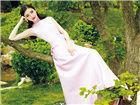 组图:景甜登时尚杂志封面 大露美背红唇妖艳
