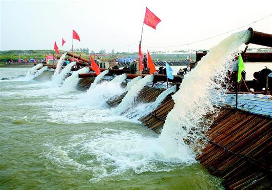 漳河水库35年来首次提水灌溉