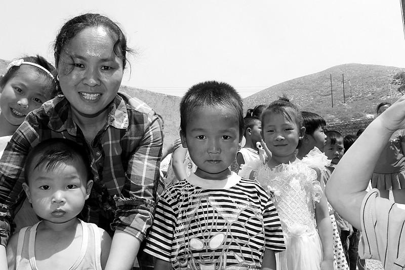 女子被拐河北成乡村教师 获评感动河北年度人物