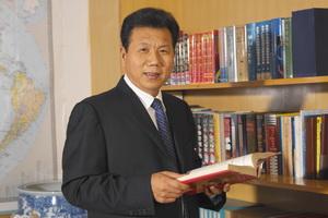 """粮油赤子""""中国梦""""――记石克荣和他的汇福粮油集团"""