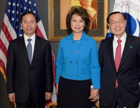 美国首位华裔女部长赵小兰与父亲录视频祝福江苏发展大会