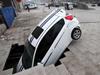 潍坊地面塌陷吞车