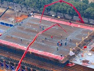 武汉最宽高架浇筑