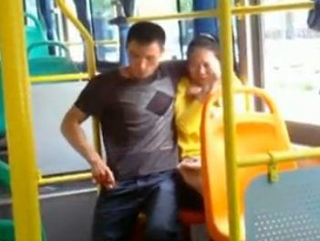 小伙劫持女乘客