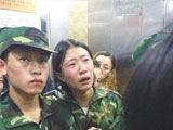 湖南教官师生互殴 班主任为学生说情被打