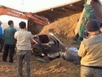 面包车被货车压致11幼儿死 超载近一倍