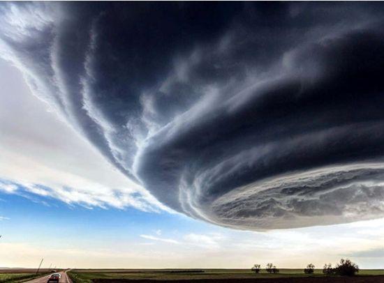 实拍超级雷雨胞