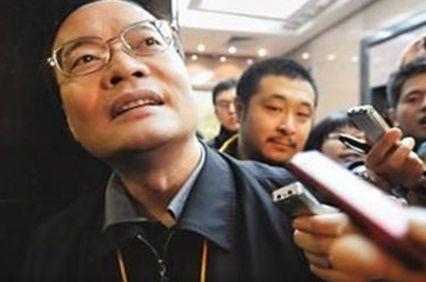 东莞市长被追问扫黄和转型 回应:嘿嘿