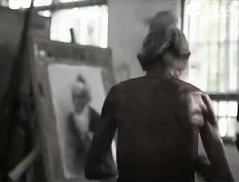实拍93岁志愿军老人为讨生活美院当裸模