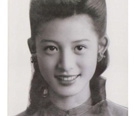 网友祖母年轻靓照